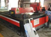 不锈钢垃圾桶批量生产组装车间