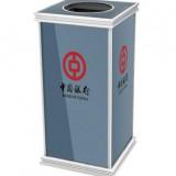 中国银行电梯口垃圾桶
