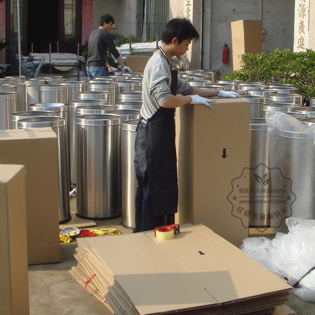 不锈钢圆形斜口垃圾筒图片004