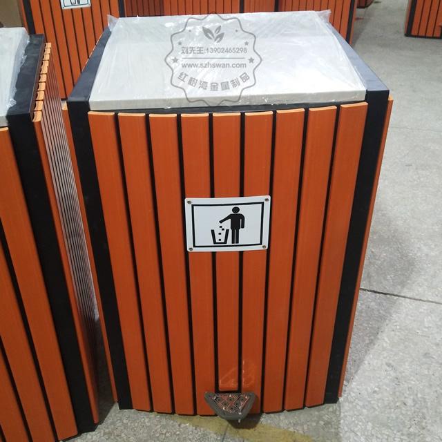脚踏式钢木垃圾桶图片001