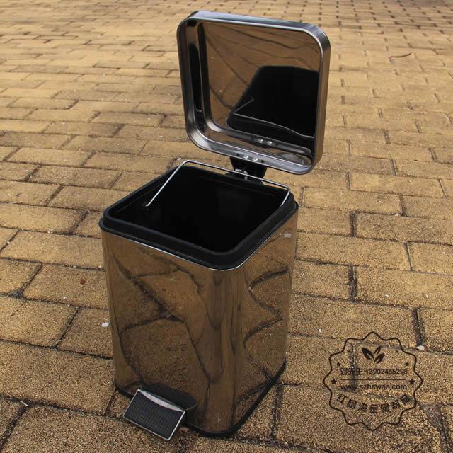 室内家用脚踏式不锈钢垃圾桶图片003