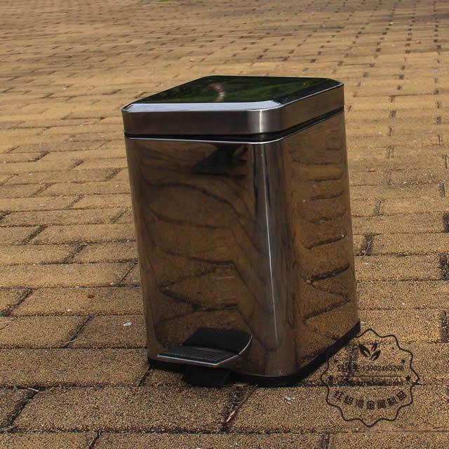 室内家用脚踏式不锈钢垃圾桶图片002