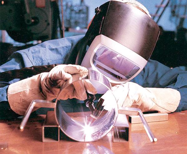 不锈钢垃圾桶焊接手工电弧焊工注意事项