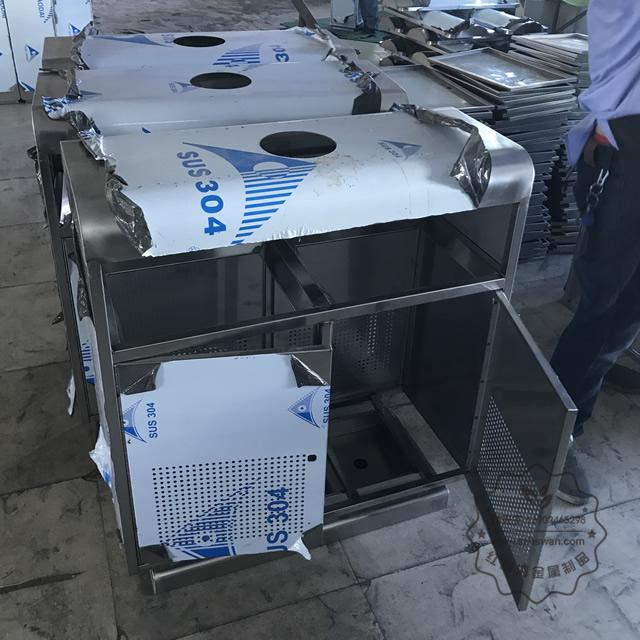 不锈钢地铁垃圾桶图片001