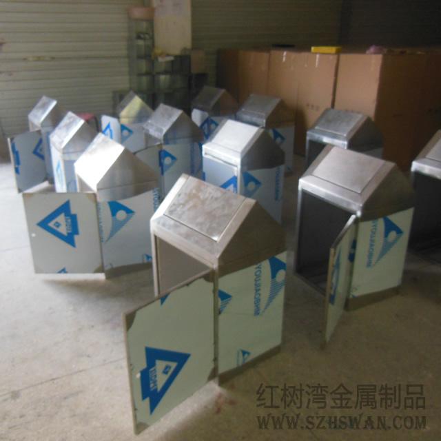 房式不锈钢垃圾箱图片002