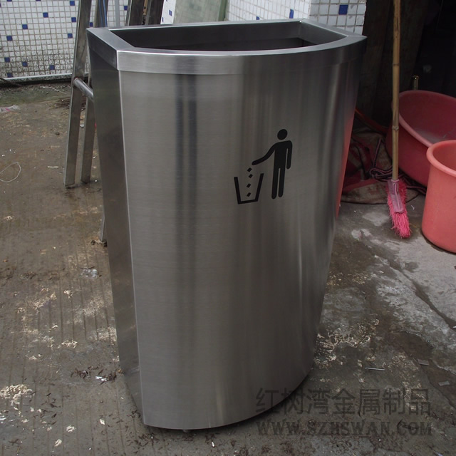 东莞商场D形室内不锈钢垃圾桶采购案例