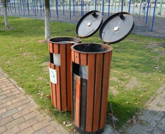 公园户外垃圾桶