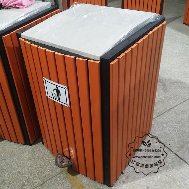 室内脚踏式钢木垃圾桶图片001