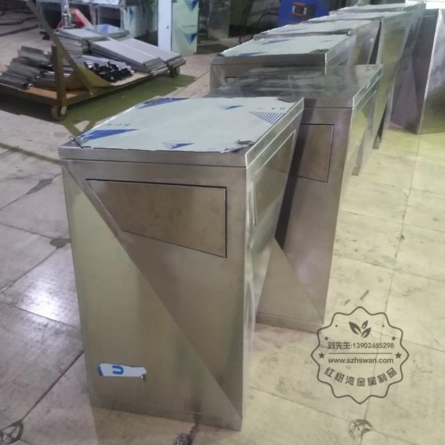 户外方形不锈钢果皮箱垃圾桶图片002