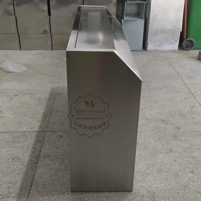 大号室外不锈钢四分类垃圾桶图片006
