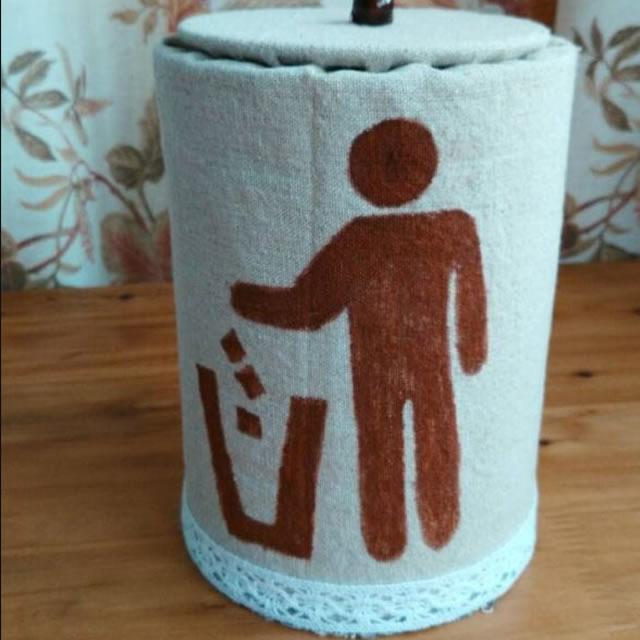 用奶粉罐手工制作分类垃圾桶图片007