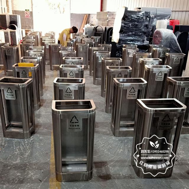 地铁站防爆不锈钢垃圾桶图片03